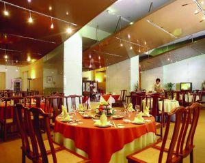 武汉二手酒店设备回收,二手酒店桌椅回收